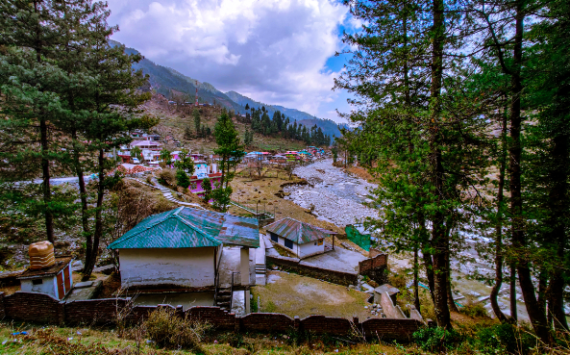 Exploring Barot Valley: The Mystical Beauty of Himachal